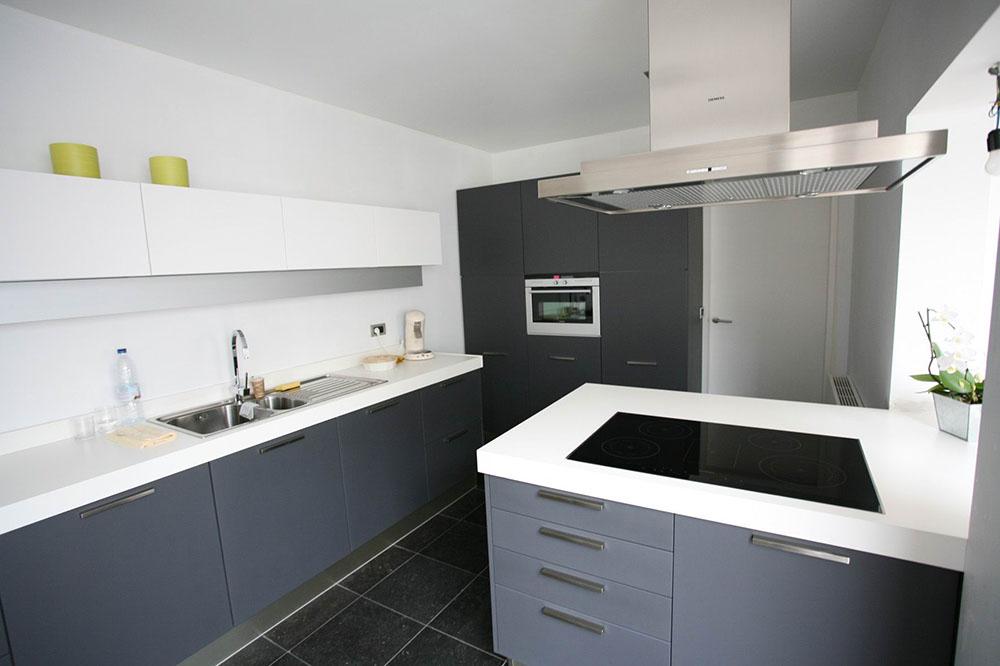 Badkamers en keukens put interieur - Kleine keuken met bar ...