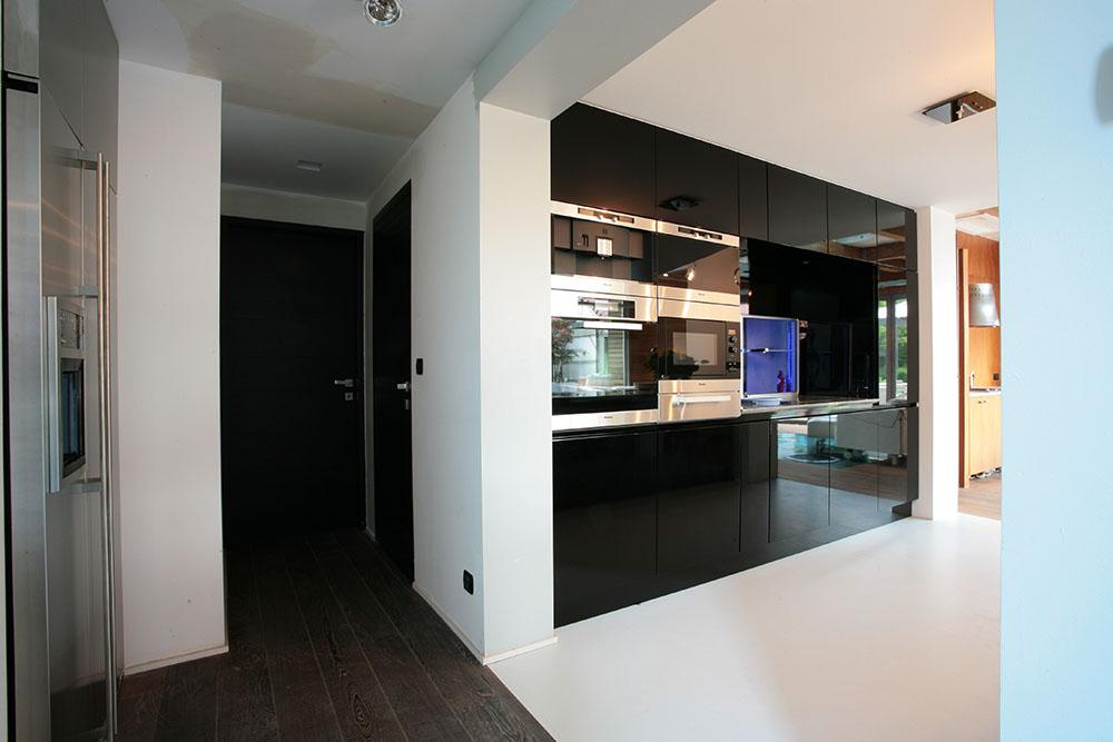 Badkamers En Keukens : Badkamers en keukens put interieur hasselt
